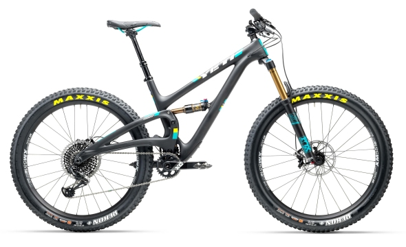 2017_yeticycles_sb5_plus_ts_blk_x01_eagle-desktop2x